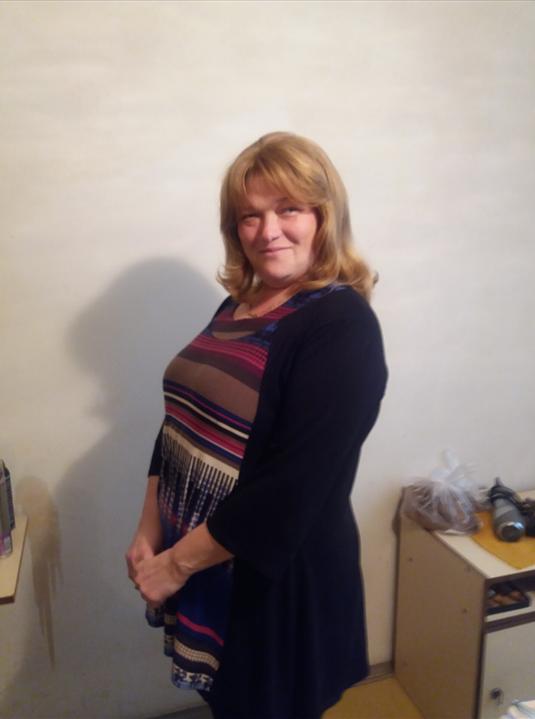 Naša Monika s krásnou parochňou od Vás ♥  Vďaka projektu Vystrihaj sa Slovensko sme spoločne potešili ďalšiu ženu a veríme, že z toho máte rovnakú radosť ako my! :)
